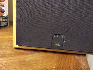 JBL 2600 Studio bookshelf speakers for Sale in Neenah, WI