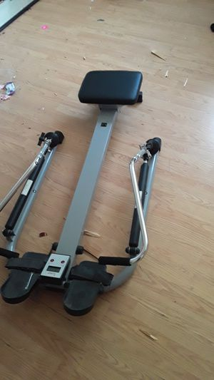 Rowing machine for working out still works for Sale in San Diego, CA