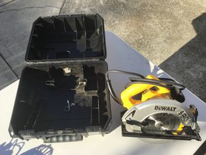 """Desalt Corded Circular Saw, 7 1/4"""" blade for Sale in Portland, OR"""