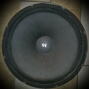 "EV (EVM-18B 18"" Pro-Line 400 watt Subwoofer) for Sale in Visalia, CA"