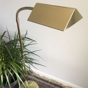 Vintage Lamp - Brass Floor Lamp for Sale in FL, US