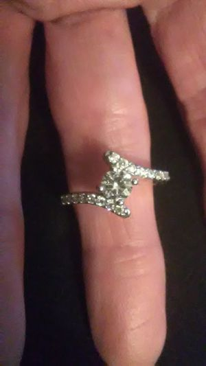 Size 6 white sapphire , he think he wet gold over 925 Sterling engagement/wedding ring for Sale in Lombard, IL
