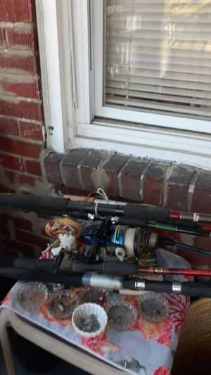 7 Rods 2 are Shakespeare for Sale in Harrisburg, PA