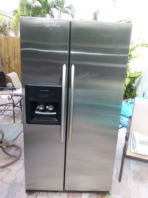 Stainless steel kitchen appliances for Sale in Pompano Beach, FL