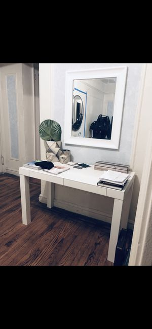 Parsons desk for Sale in Bronx, NY