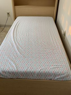 Twin Size Bed for Sale in Shrewsbury,  MA