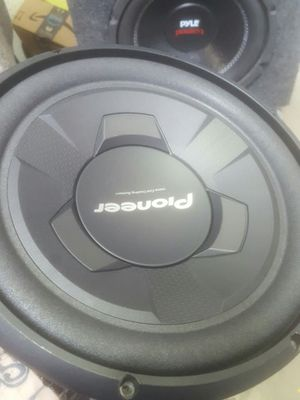 Pioneer 12 inch subs!!! for Sale in OH, US