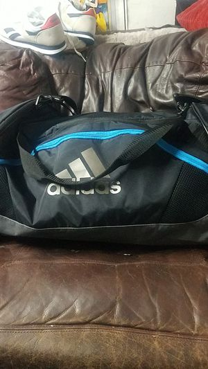 Adidas duffle bag for Sale in Whittier, CA