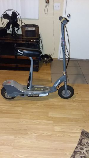 E300s razor electric scooter for Sale in Phillips Ranch, CA