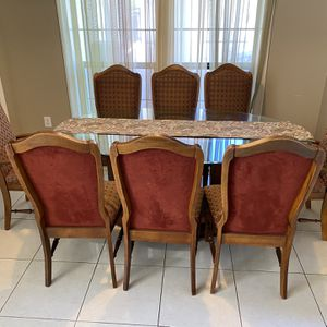 Breakfast/Dining Table with 8 Chairs for Sale in Friendswood, TX