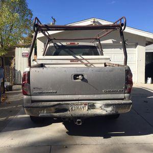 Chevy Silverado 2004 for Sale in Santa Clarita, CA