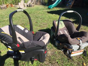 Chico and Graco infant car seats for Sale in Seattle, WA