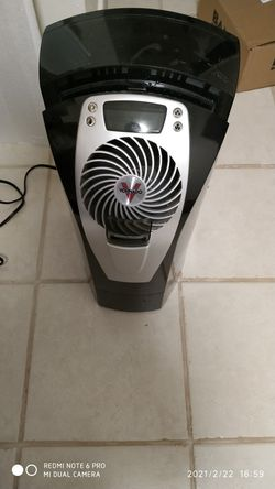 Vornado ultra 1 ultrasonic humidifier for Sale in Stamford,  CT