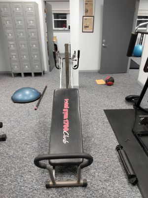 Total gym 1700 series like new..all attachments and cards se habla Espanol for Sale in Denville, NJ