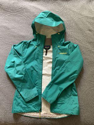 Patagonia Women's H2no rain coat for Sale in Redmond, WA