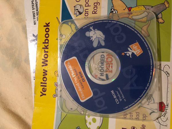 Bob books Set1, beginning readers + Hooked on Phonics (books, CD and yellow workbook)