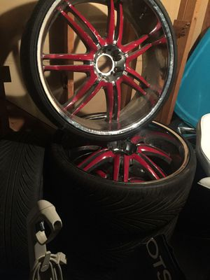 """5 26"""" rims & tires. for Sale in Columbus, OH"""