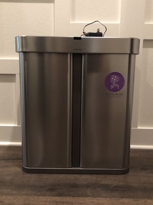 Simplehuman Voice + Motion Sensor Trashcan for Sale in Lake Forest, CA
