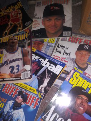 60Classic antique tuff stuff and beckett price guides of star rookies and or their record settin year for Sale in Wichita, KS