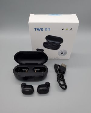 Wireless earbuds bluetooth digital LED display auto pair NEW for Sale in Laurel, MD