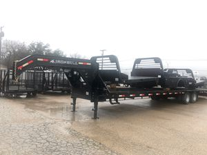 40 ft gooseneck trailer for Sale in DeSoto, TX