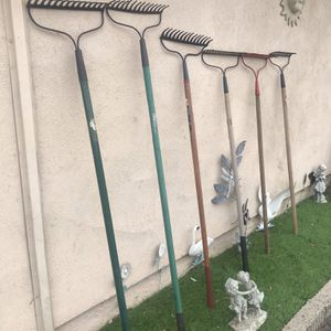 VARIOS METAL RAKES FOR SALE $8-10 EACH for Sale in Garden Grove, CA
