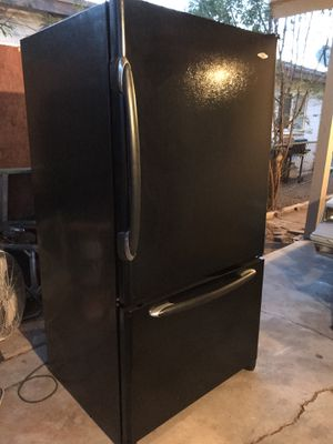 MayTag Bottom Freezer Refrigerator for Sale in Phoenix, AZ