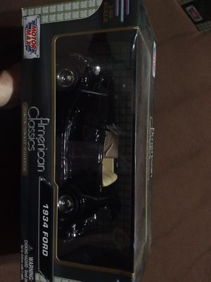 American classics 1934 Ford 1:24 scale for Sale in Fresno, CA