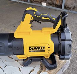 125 MPH 450 CFM 20V MAX Cordless Brushless Handheld Blower (Tool Only) for Sale in Blacklick,  OH