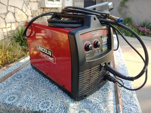 Lincoln Electric Weld Pal 140HD MIG Welder for Sale in Long Beach, CA