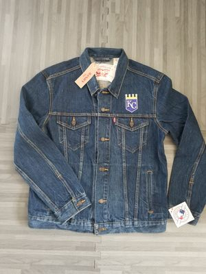 Levi's MLB Kansas City Royals Men's Denim Trucker Jacket Sz L for Sale in San Diego, CA