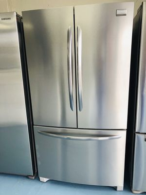 French Door Refrigerator Stainless Steel for Sale in Lincoln Acres, CA
