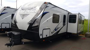 2020 Shadow Cruiser 26ft rear lounge Trailer with slideout for Sale in Tacoma, WA