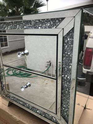 Nightstand mirrored for Sale in Rowland Heights, CA