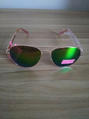 Betsey Johnson Sunglasses for Sale in Washington, MD