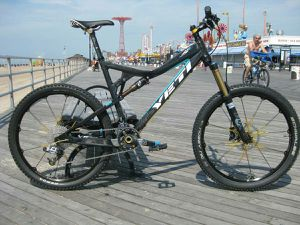 CARBON YeTi Mountain Bike for Sale for sale  Brooklyn, NY