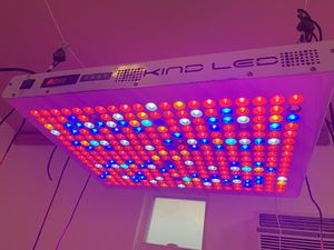 Kind led grow light 1000 watts for Sale in Los Angeles, CA