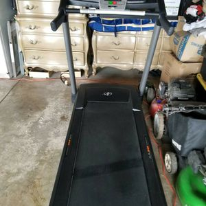 NordicTrack Treadmill for Sale in Arlington Heights, IL