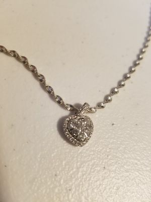 14k White Gold and Diamond Heart Pendant for Sale in Chicago, IL