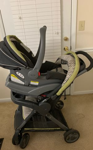 Graco click connect 30 system for Sale in Charlotte, NC