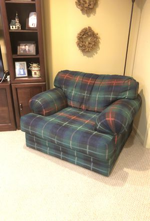 Oversized Living Room Chair for Sale in Martinsburg, WV