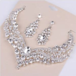 Wedding Bridal Queen Set Necklace And Earrings for Sale in Kissimmee, FL