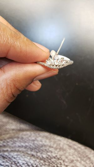 Its really gorgeous crown ring for Sale in Oliver, WI