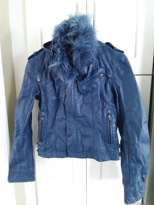 Brooklyn Swagg Women's Boho Retro Vintage Leather Jacket With Removable Fur Collar for Sale in OSBORNVILLE, NJ