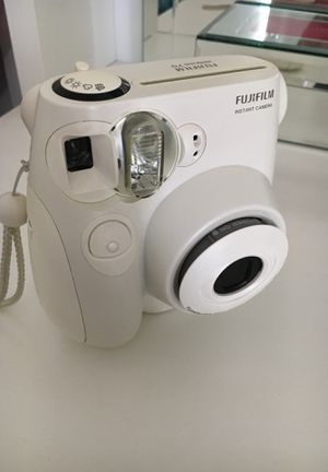 Fujifilm instax mini 7S for Sale in Murrieta, CA
