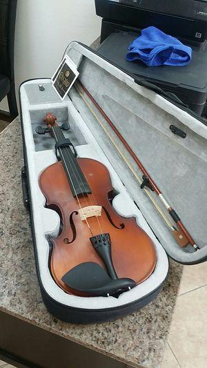 Mendini by cecilio mv 300 violin for Sale in Phoenix, AZ