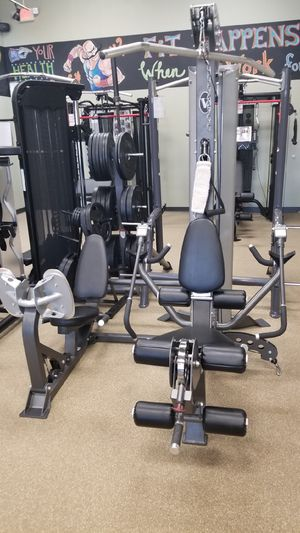 Hoist V5 Home gym with leg press for Sale in Roswell, GA