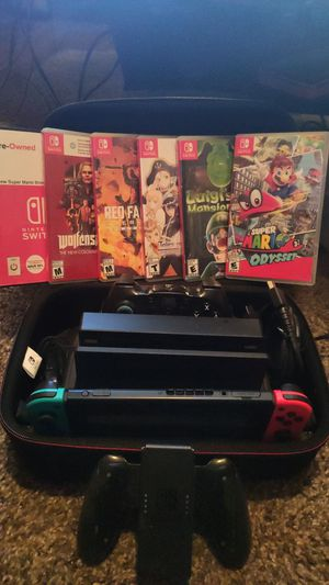 NINTENDO SWITCH BUNDLE W/6 GAMES, DOCK, CONTROLLER, MOBILE CARRYING CASE, FULL CARRY CASE, 512GB SD AND MORE! for Sale in Pembroke Pines, FL