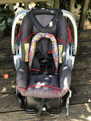 Baby trend hello kitty infant car seat! for Sale in Cartersville, GA