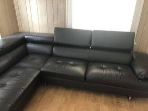 $1300 black leather sectional for Sale in Portland, OR